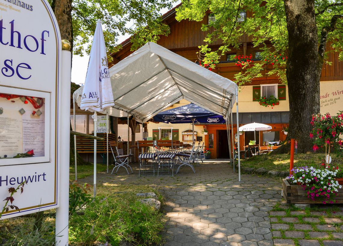 Gasthof Rose Biergarten  - © Hotel Gasthof Rose / Alfred Endres , Kur- und Tourismusbüro Oy-Mittelberg