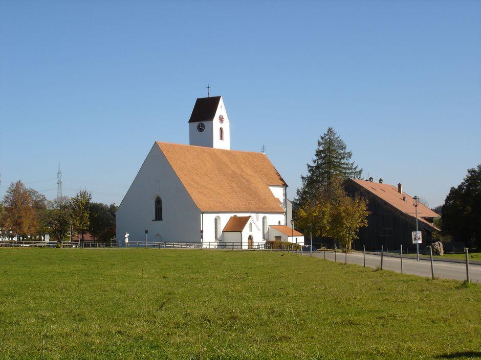 Pfarr- und Wallfahrtskirche Heilig Kreuz Maria-Rain Oy-Mittelberg  - © Jens Hornung , Kur- und Tourismusbüro Oy-Mittelberg