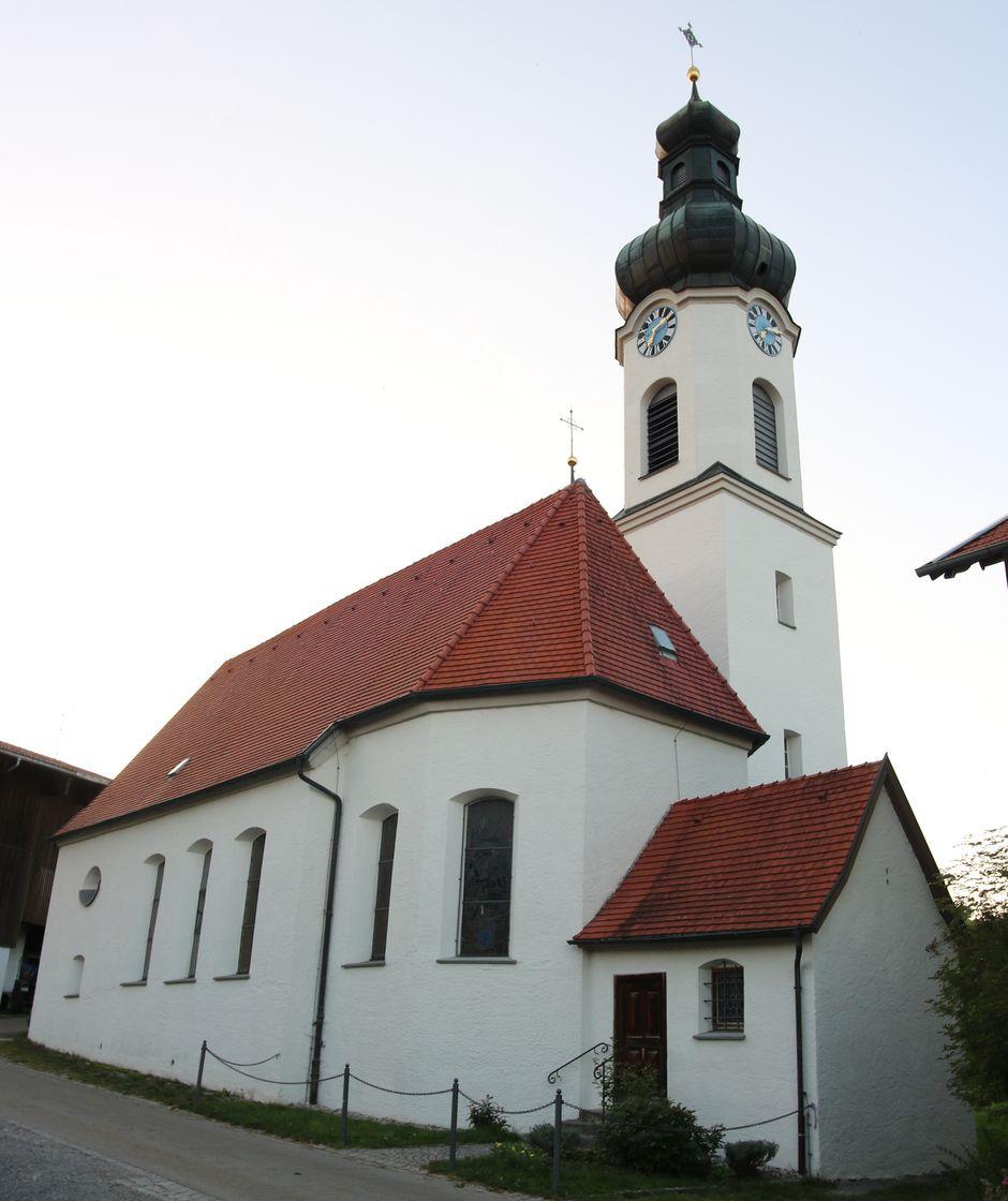Pfarrkirche Maria Immaculata in Schwarzenberg  - © Gabriele Postner , Kur- und Tourismusbüro Oy-Mittelberg