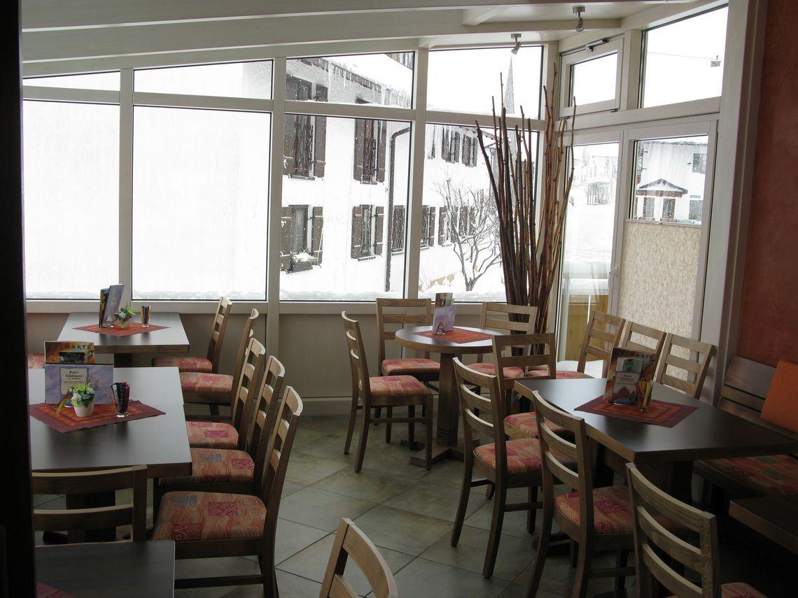 Wintergarten im Café Gebath  , Kur- und Tourismusbüro Oy-Mittelberg