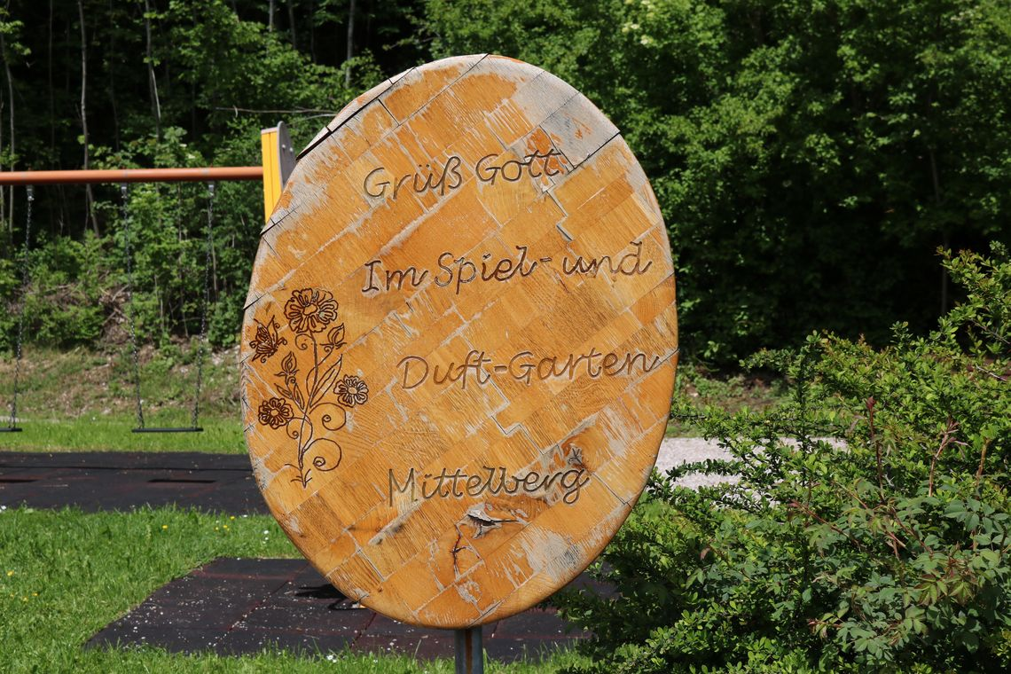 Willkommenstafel Duft-und Spielgarten  - © Gabriele Postner , Kur- und Tourismusbüro Oy-Mittelberg