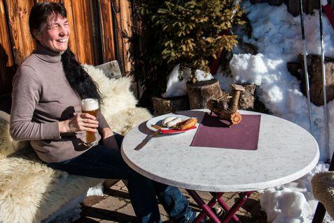 Almcafé Schnakenhöhe Weißwurstfrühstück  , Kur- und Tourismusbüro Oy-Mittelberg