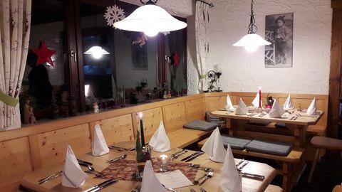 Gastraum im Berghäusl  , Kur- und Tourismusbüro Oy-Mittelberg