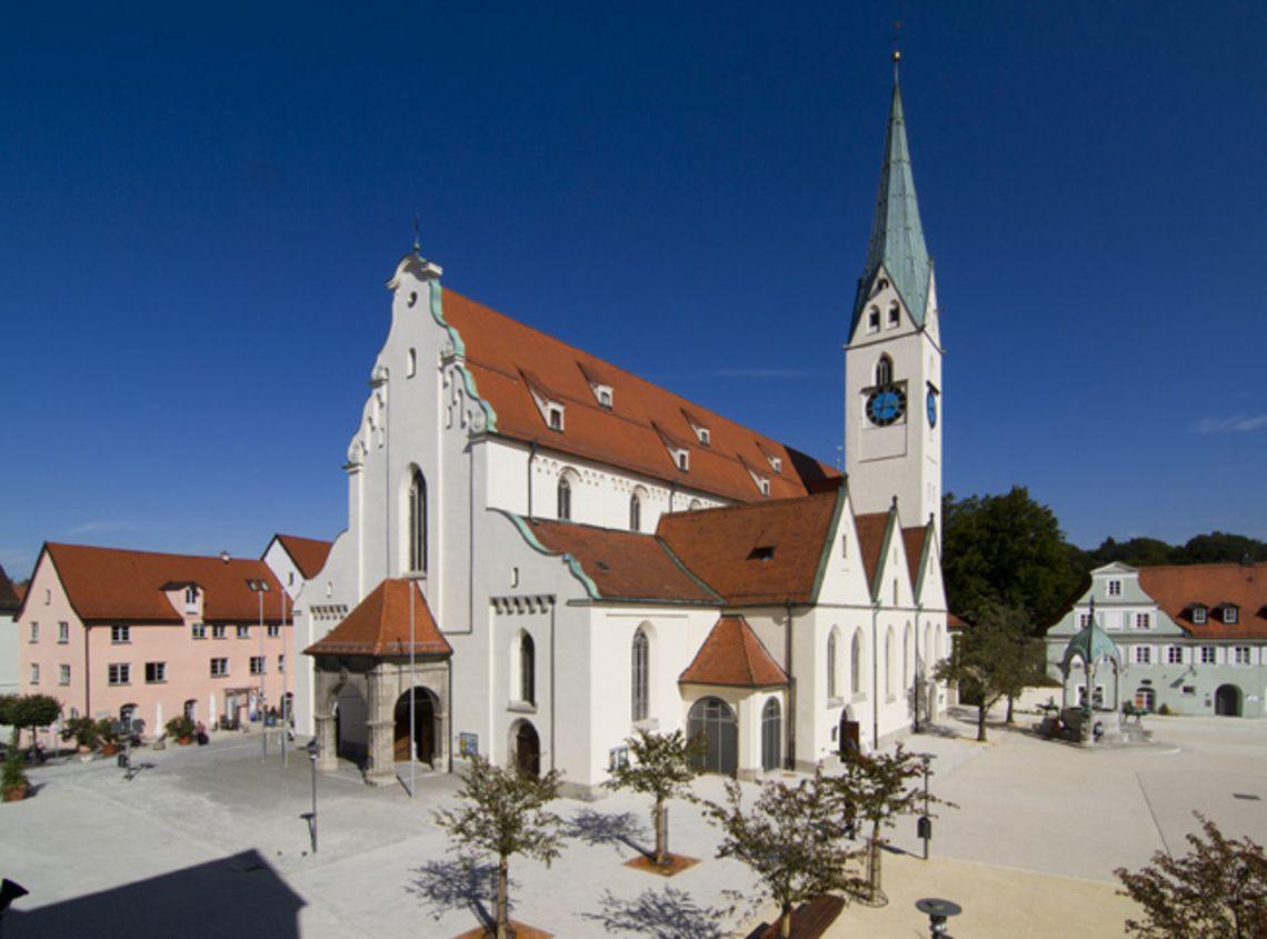 St. Mang Platz Kempten  - © Kempten Tourismus , Kur- und Tourismusbüro Oy-Mittelberg