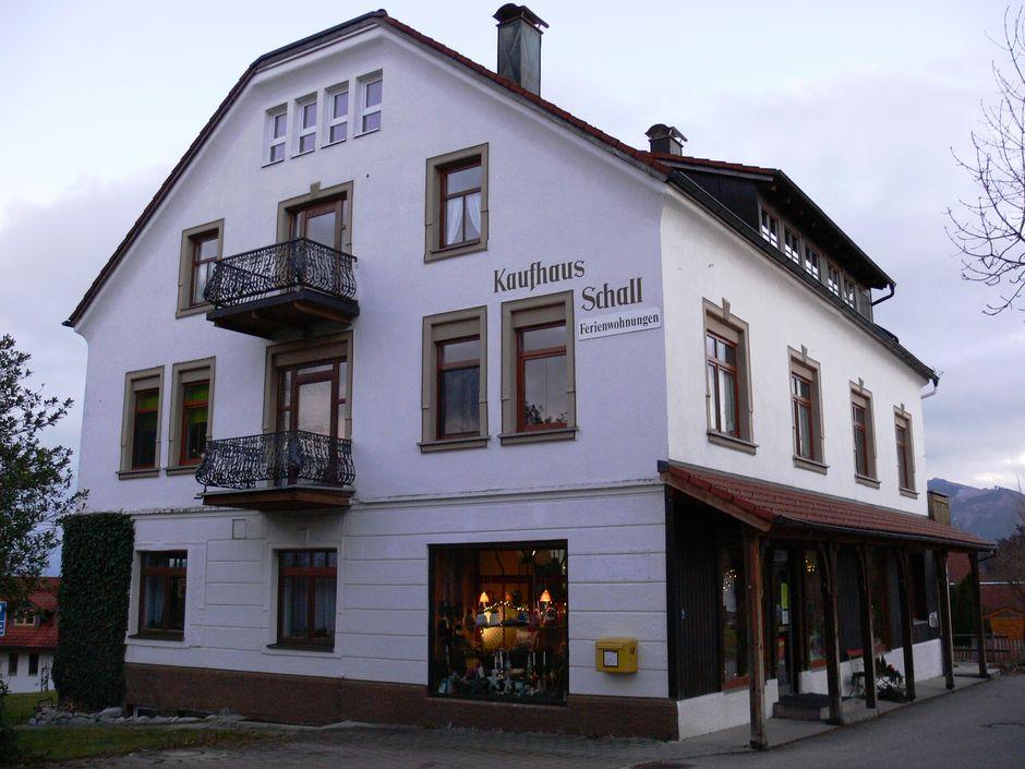 Kaufhaus Schall  - © Gabriele Postner , Kur- und Tourismusbüro Oy-Mittelberg