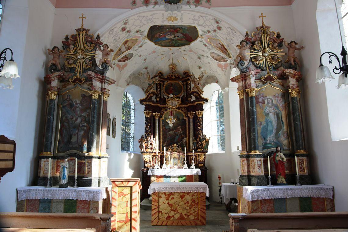 Altarraum Kapelle Bachtel  - © Gabriele Postner , Kur- und Tourismusbüro Oy-Mittelberg