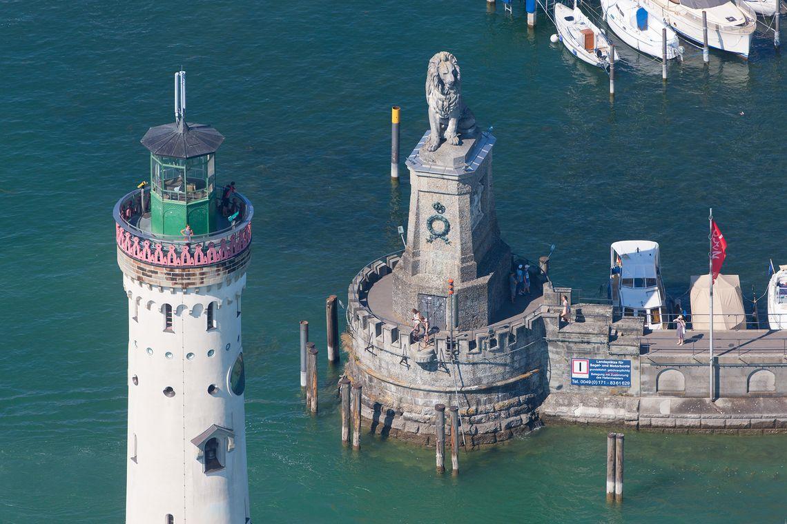 Lindau Hafeneinfahrt Leuchtturm  - © Achim Mende / Lindau Tourismus und Kongress GmbH , Kur- und Tourismusbüro Oy-Mittelberg