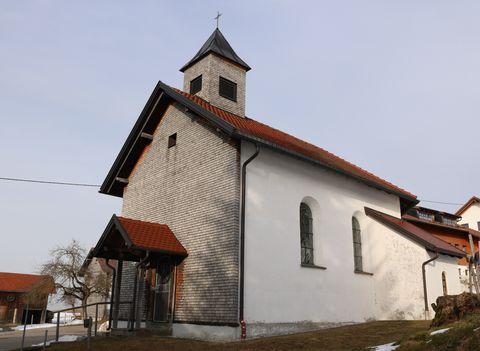 St. Martin in Guggemoos, Südansicht im Winter  - © Gabriele Postner , Kur- und Tourismusbüro Oy-Mittelberg