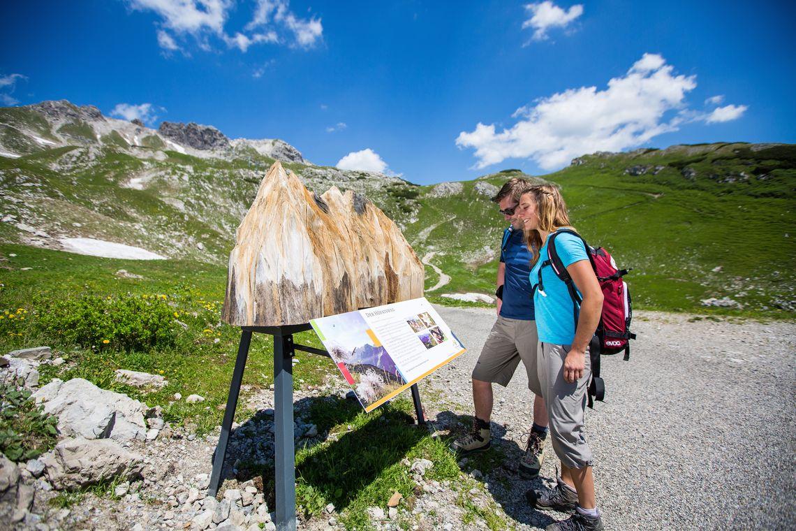 Hier beginnt der Höfatsweg  - © Oberstdorf / Kleinwalsertal Bergbahnen; Fotograf: Alex Savarino , Kur- und Tourismusbüro Oy-Mittelberg