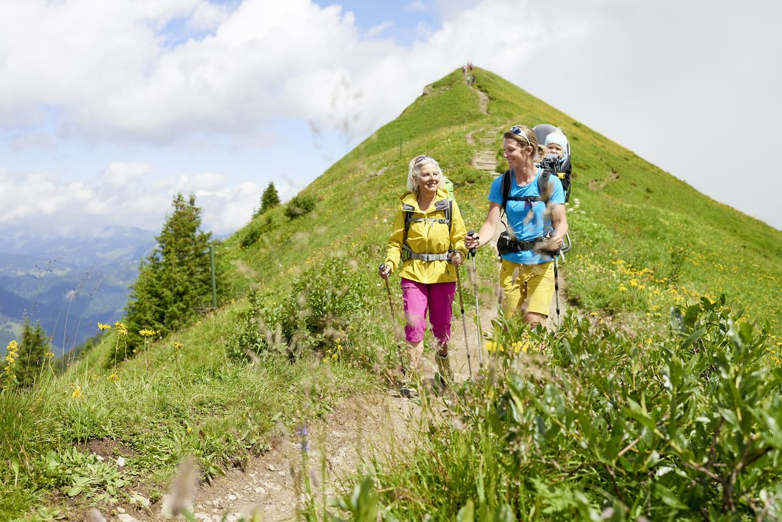 Wanderung an der Kanzelwand  - © Oberstdorf / Kleinwalsertal Bergbahnen; Fotograf: Christian Seitz , Kur- und Tourismusbüro Oy-Mittelberg