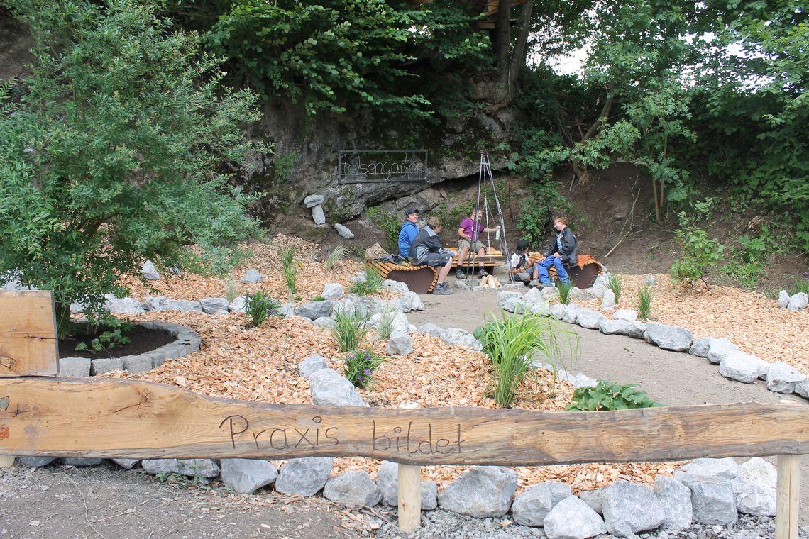 Überblick über den Felsengarten   - © Praxis bildet , Kur- und Tourismusbüro Oy-Mittelberg